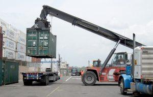 Внешняя торговля и структура импорта в апреле 2020